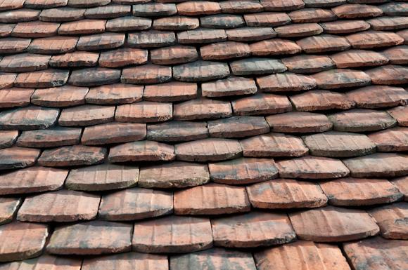 Das neue Dach - mit z.T. handgestrichenen Ziegeln