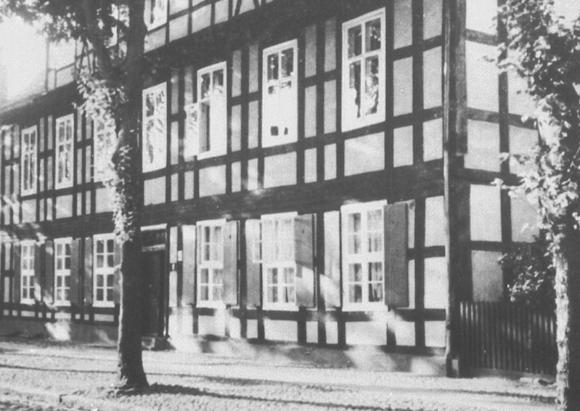 Fassade vor 1938, Preuss. Messbildanstalt Berlin