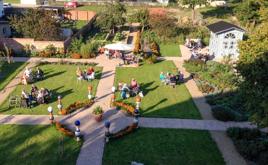 Café im Garten der ehemaligen Domkurie 'D8'